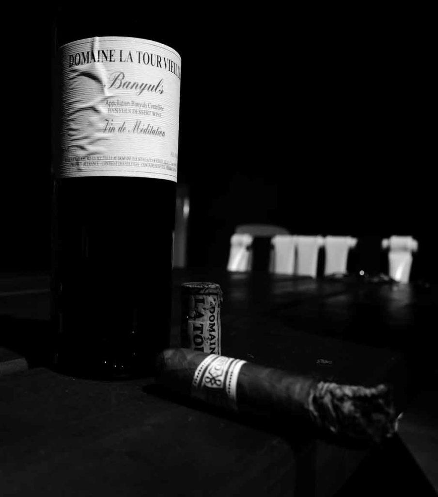 Vin de Médiation et cigare